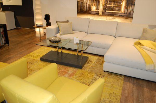 Sofa und Sessel gelb